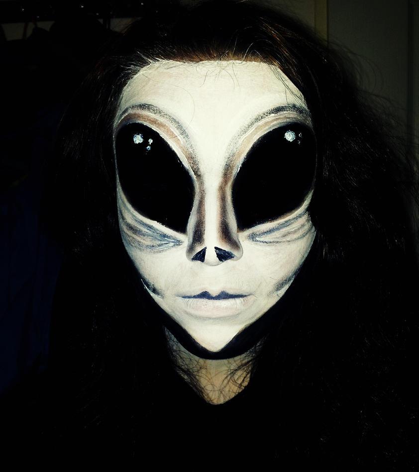 Alien by EliskaDvorakova
