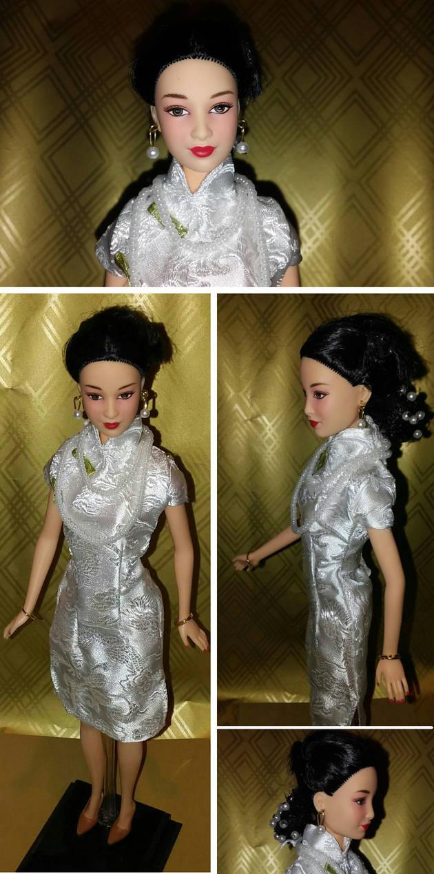 Custom Barbie -- The Joy Luck Club, Ying-Ying