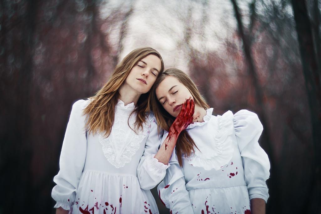 horror sisters by Anna1Anna