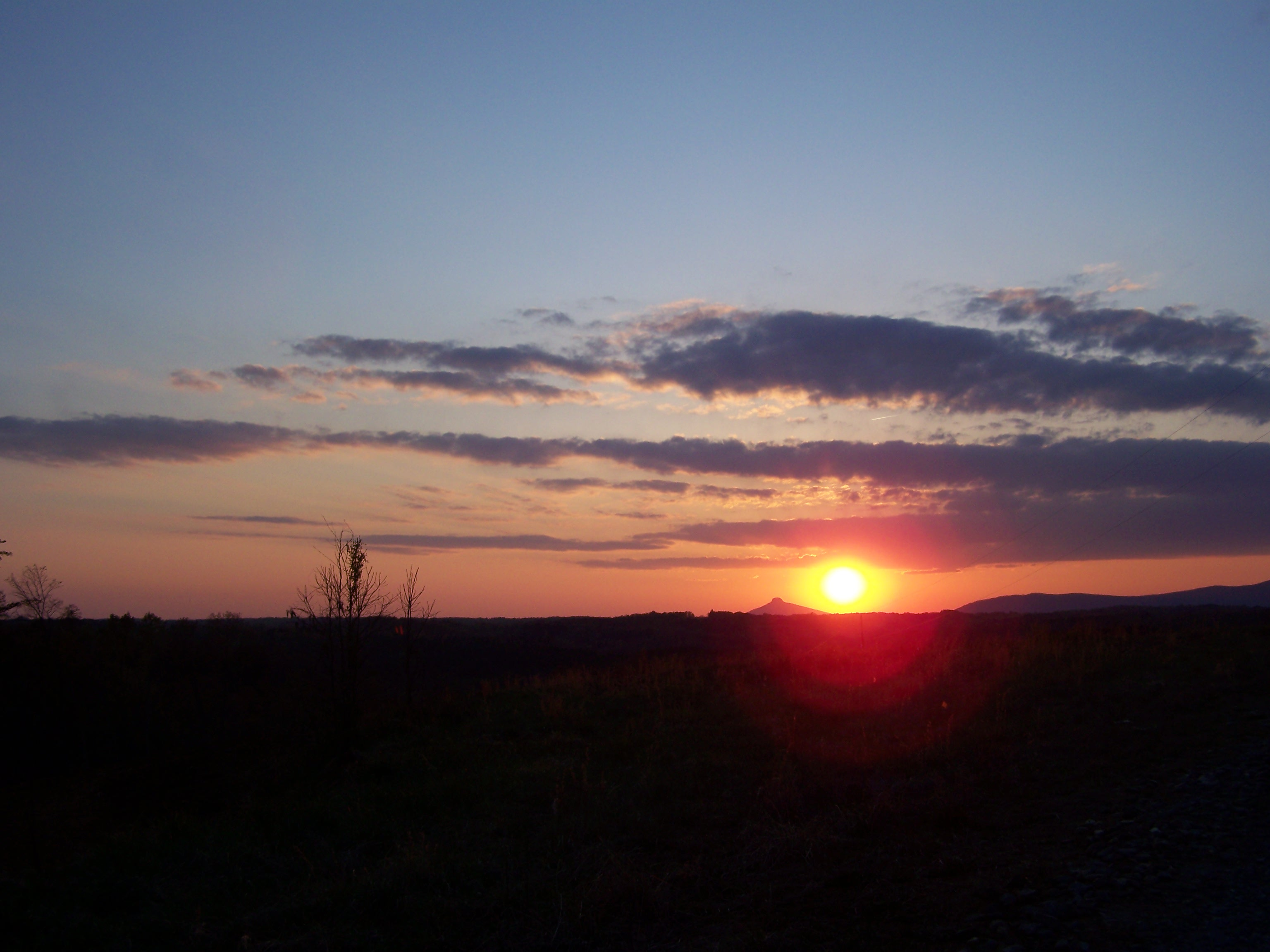 Sunset-Pilot Mountain NC by seiyastock
