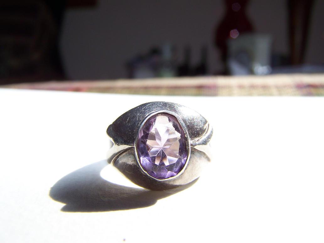 Amethyst ring 1 by seiyastock