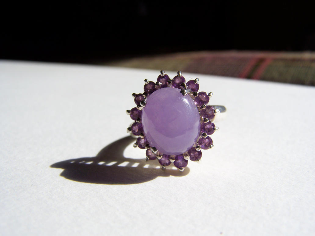 Amethyst ring 2 by seiyastock