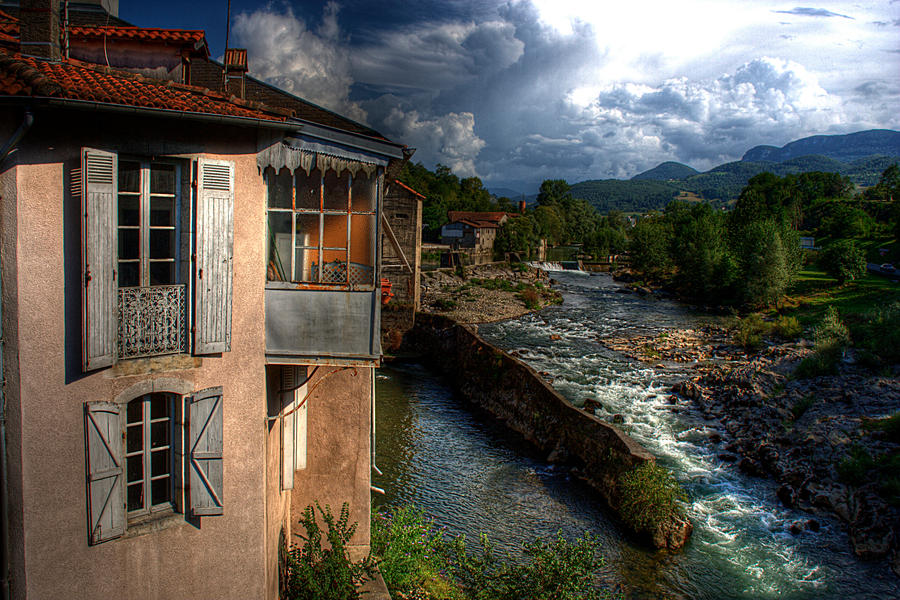 Down by the river by DormirReverPeutEtre