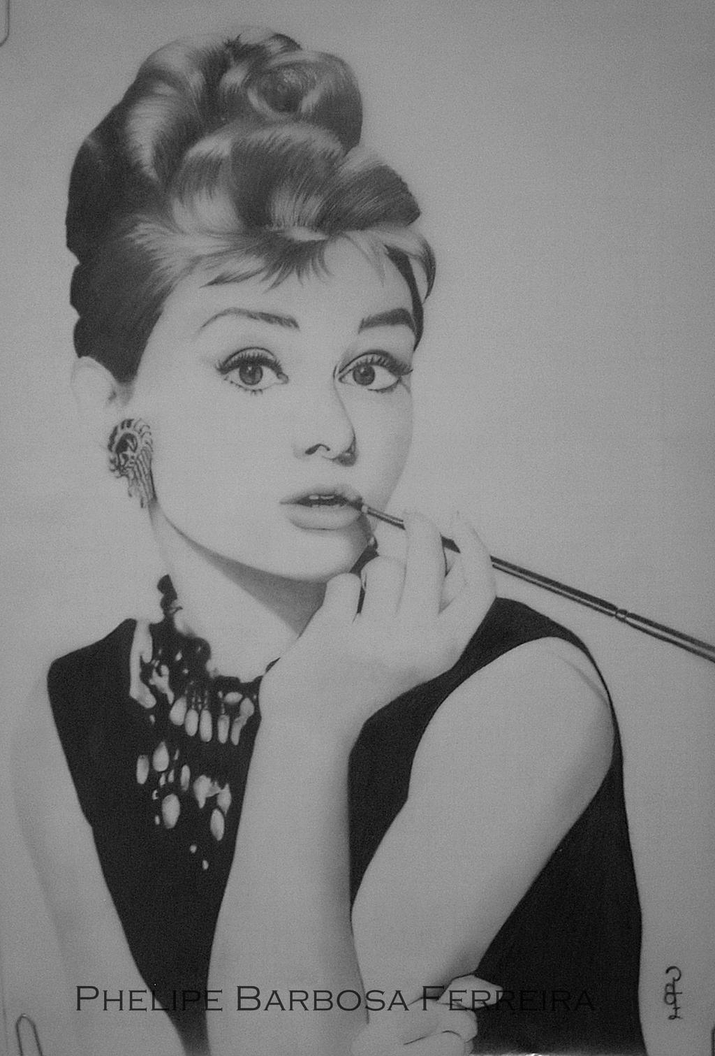 Audrey Hepburn by phelipebf