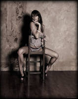Open legs, tended and so... by mic-ardant