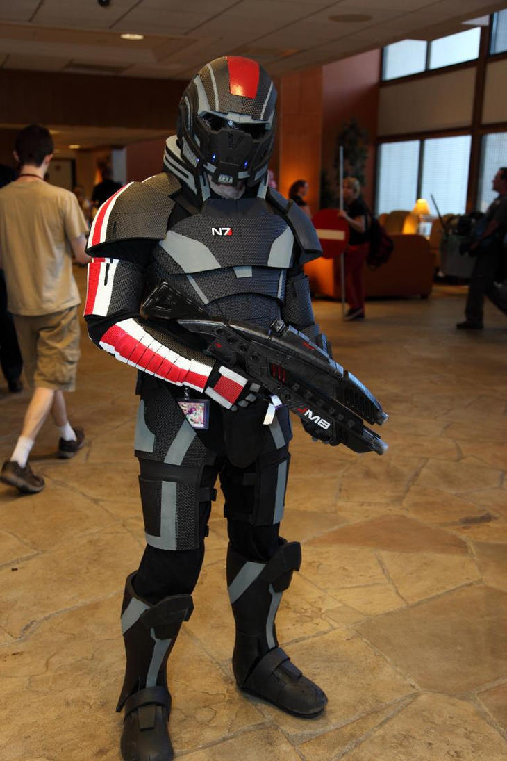 Mass Effect N7 Armor mark 2 by bobsideways