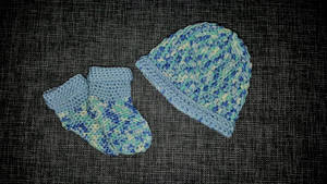 Baby Hat and Boots 0-3 months