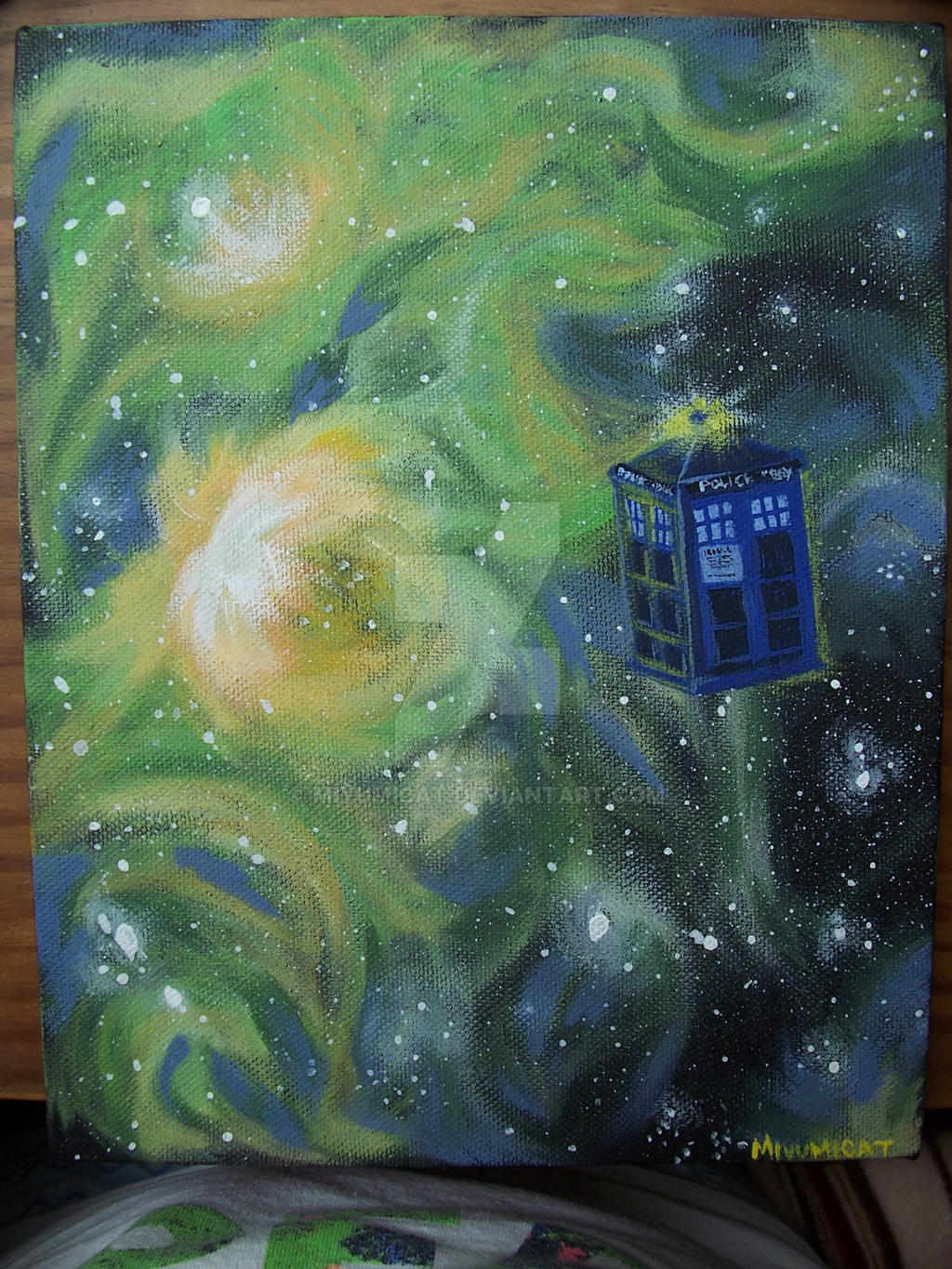 Travelling TARDIS by miyumicat