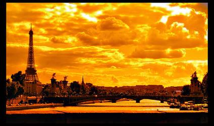 Dramatic Paris by LarsMaresca