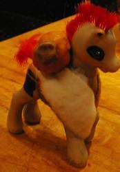 Gaara pony by darkGarra