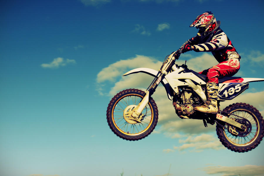 Motorcross is In the Air by FrederikMeyer