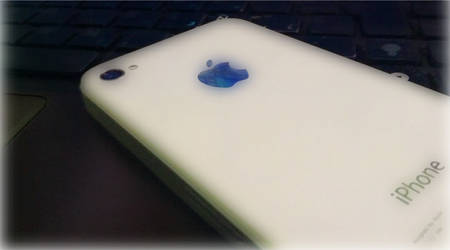 My iPhone White by ikOteRoS