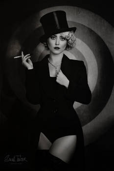 dark cabaret- with Paula Walks-bw