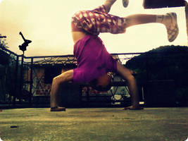 Break Dance V by mary11dc