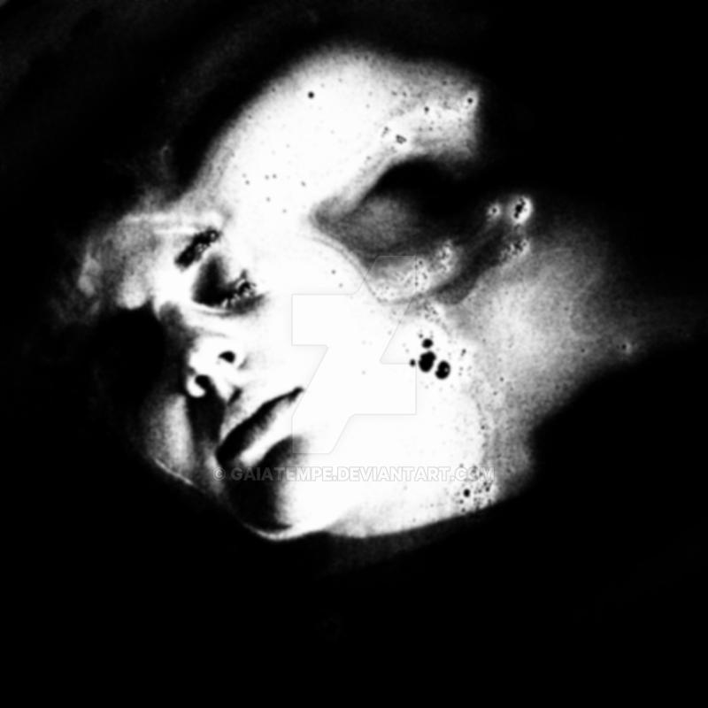 je suis la fumee by GaiaTempe