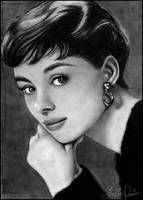 Audrey Hepburn by toxicdesire