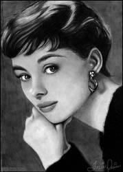 Audrey Hepburn by toxicdesire