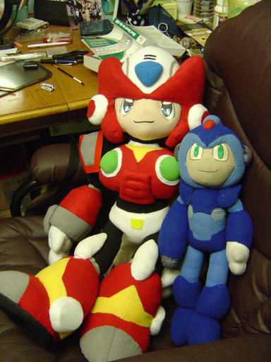 X and Zero Plushies by ayabrea