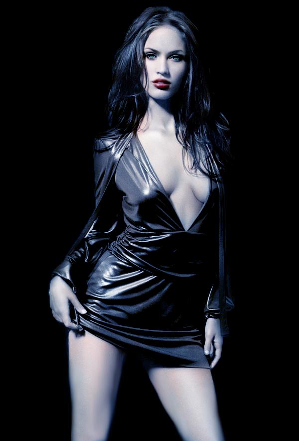 Vampire_Megan_Fox_by_VikingAngel.jpg