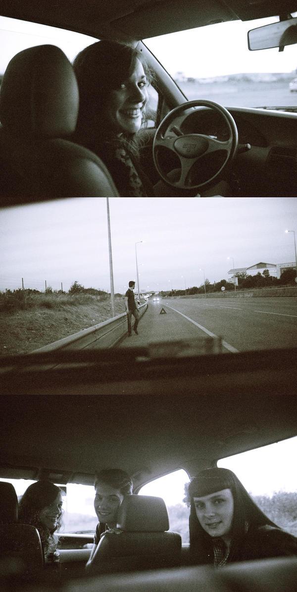 Portrait of a broken car by filipa-marques