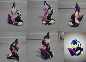 Seviper Sculpture by CharredPinappleTart