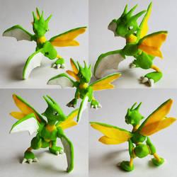 Scyther Ready for Battle - Pokemon Sculpture