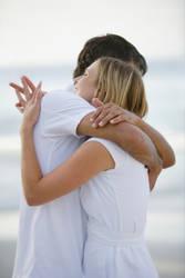 Hugging Couple by iburhani