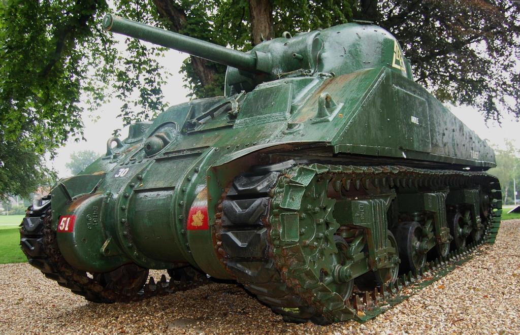 M4A4 Sherman tank by c4mper
