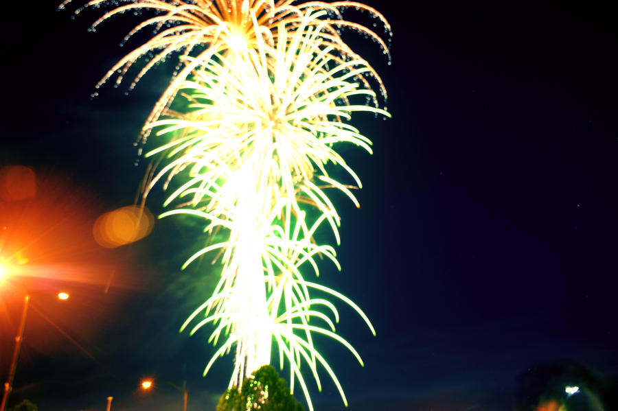 Fireworks by sjthunder