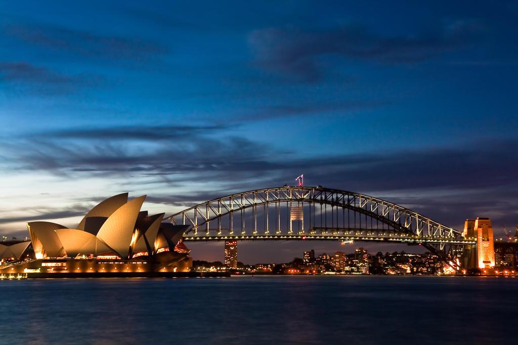 Sydney Opera House at night by deviantjohnny99