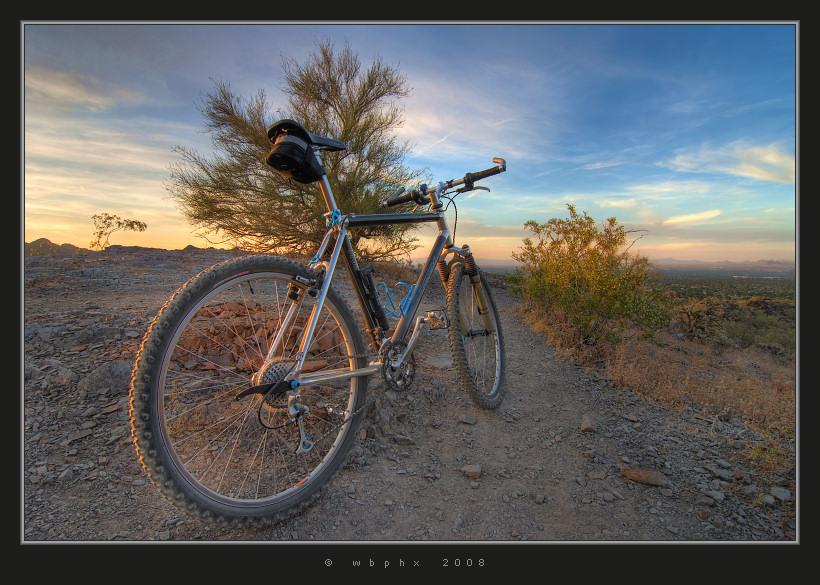 Bicimontaña wallpapers Mountain_Biking_by_HogRider