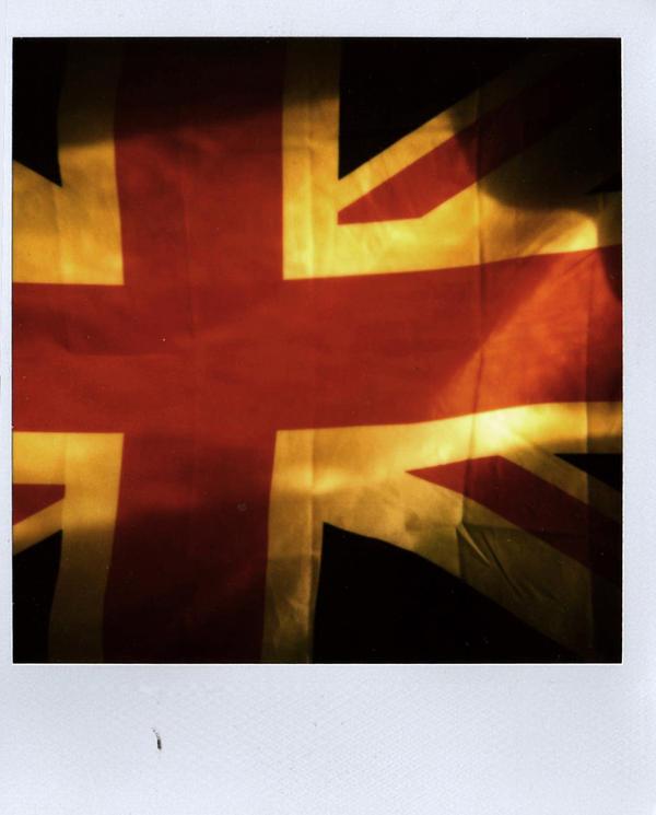 Pola-England by powoui