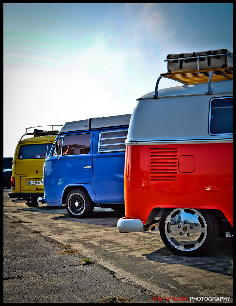 color_buses_by_dirtyphonik-d4dorkn.jpg