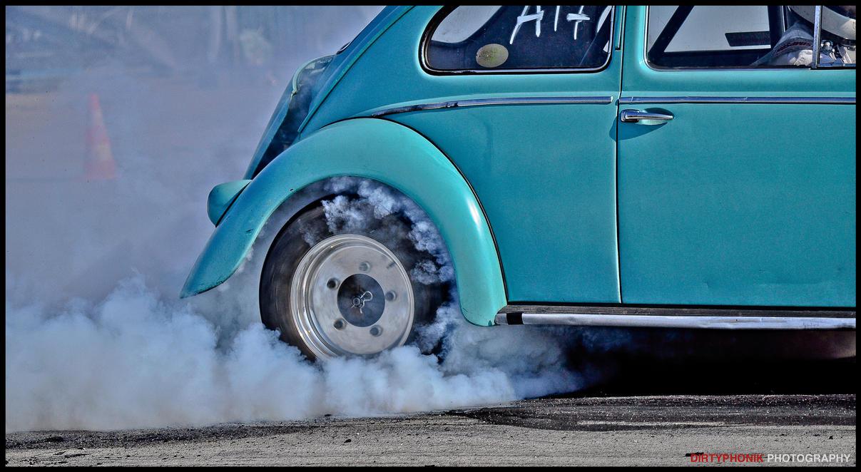 blue_smoke_by_dirtyphonik-d4f5a5g.jpg