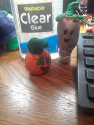 ceramics ghost pepper and jack o lantern  by Jaredthetrain