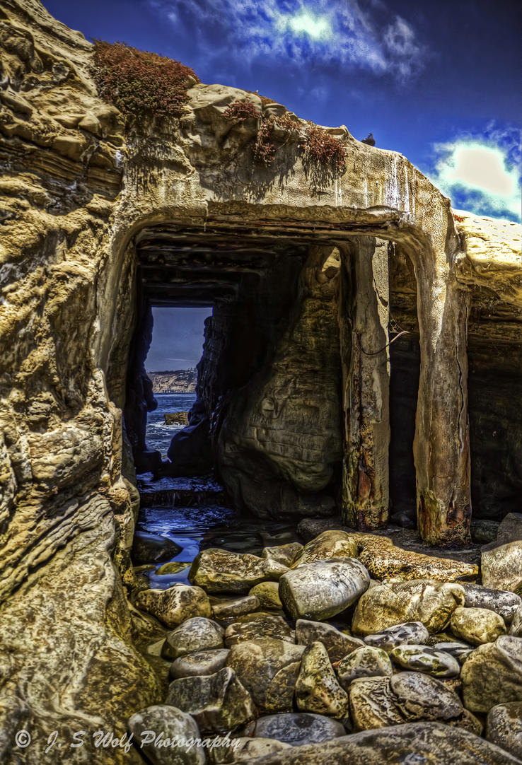 Beach Cave by lonewolf565