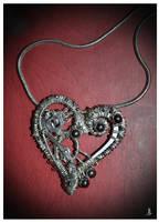 Heart pendant by JankaLateckova
