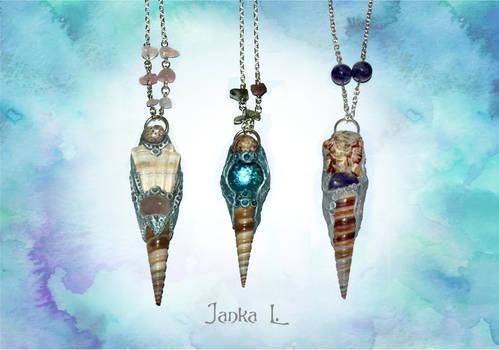 Sea pendants