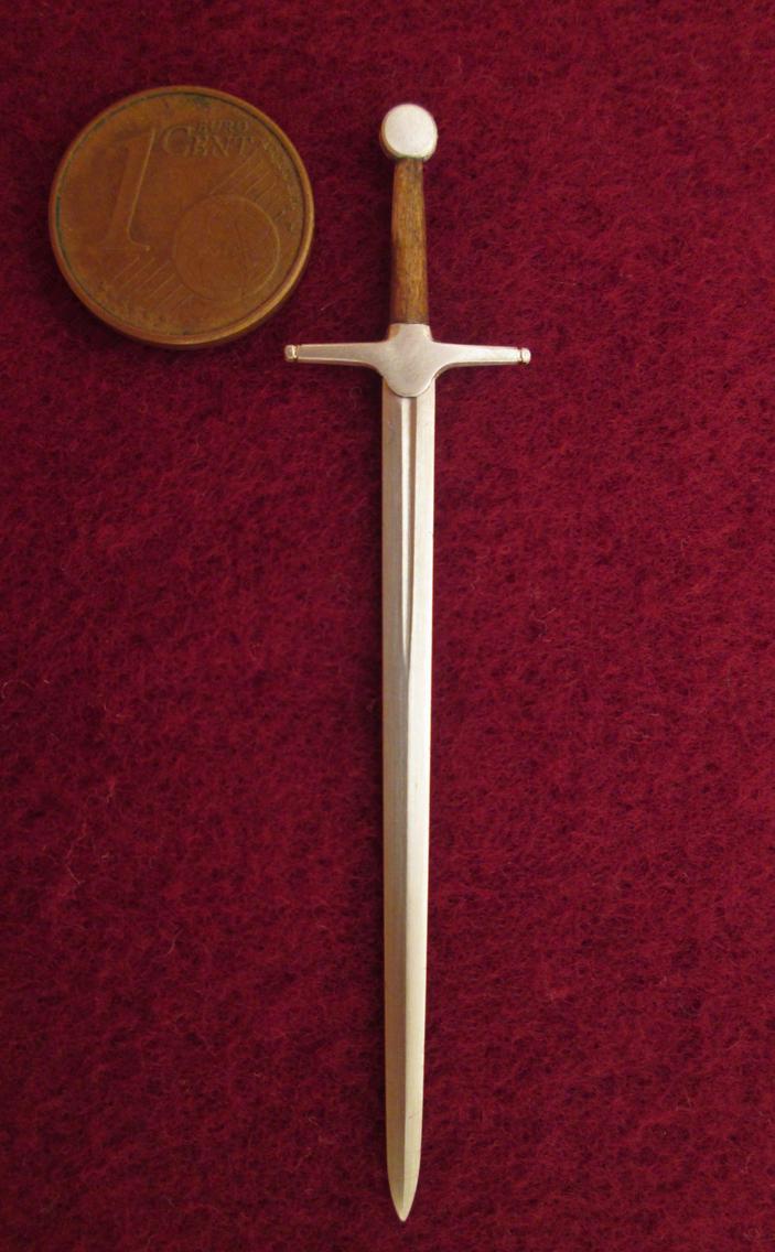 Crusader Sword by AtriellMe