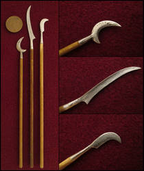 War Scythes by AtriellMe