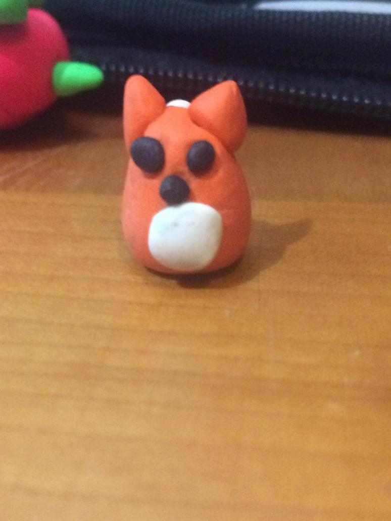 Tiny fox by cupcake2232221