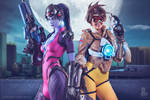 Tracer and Widowmaker Overwatch Cosplay