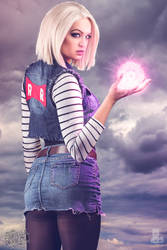 Android 18 Dragon Ball Z Cosplay