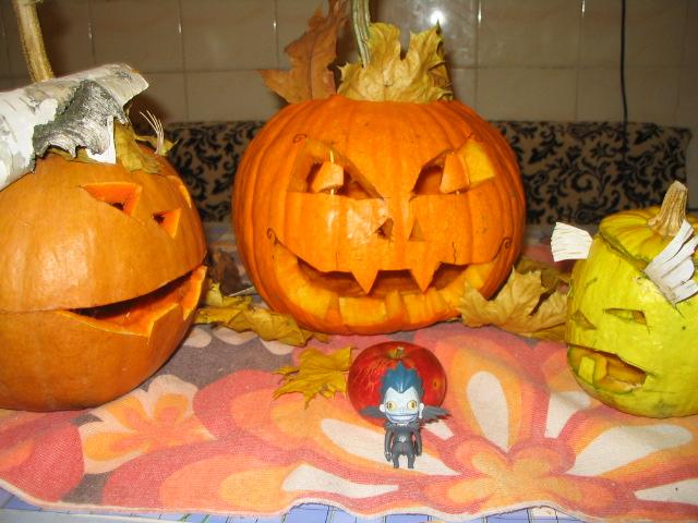 Three pumpkins and shinigami by lizathehedgehog