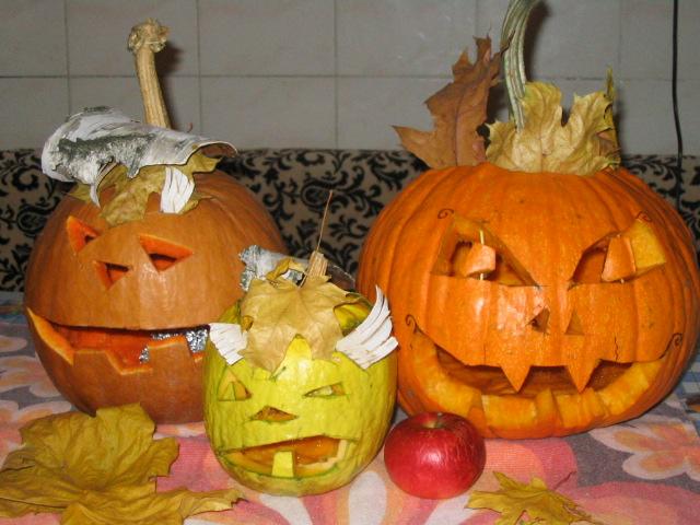 Three pumpkins and apple by lizathehedgehog