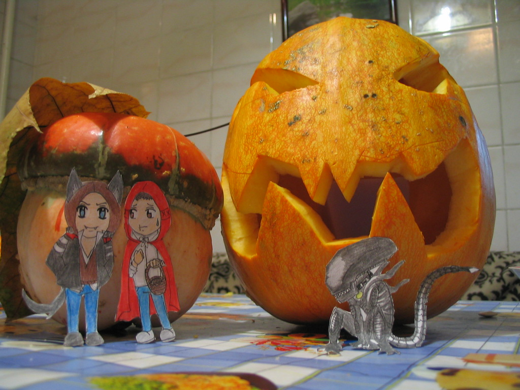 Alex,Desmond,Pumpkin and Xenomorph by lizathehedgehog