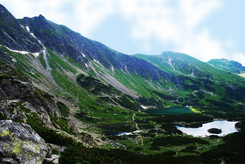 Dolina. by NurNurIch