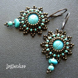 Turquoise by jagienkaa