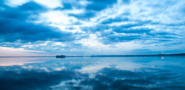 Fast Moving Clouds by OnHorizon