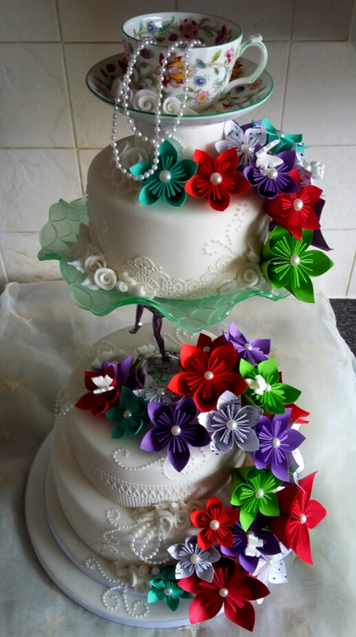 Origami flowers wedding cake by clvmoore on deviantart origami flowers wedding cake by clvmoore mightylinksfo